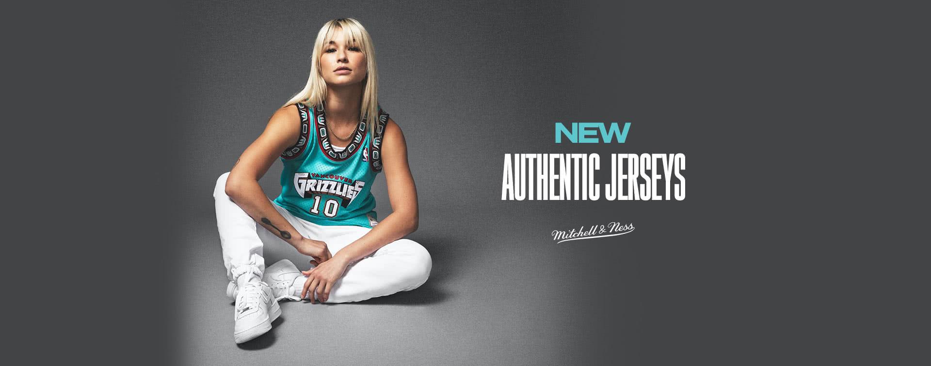 Mitchell & Ness : basketball top brands